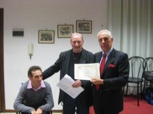Agostino Marano premiato da Adriano Icardi e Fabio